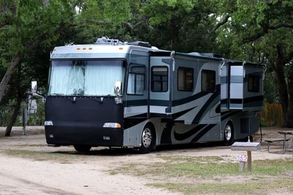 Here We Tow - 5 Reasons To Choose A Motorhome Over A Caravan