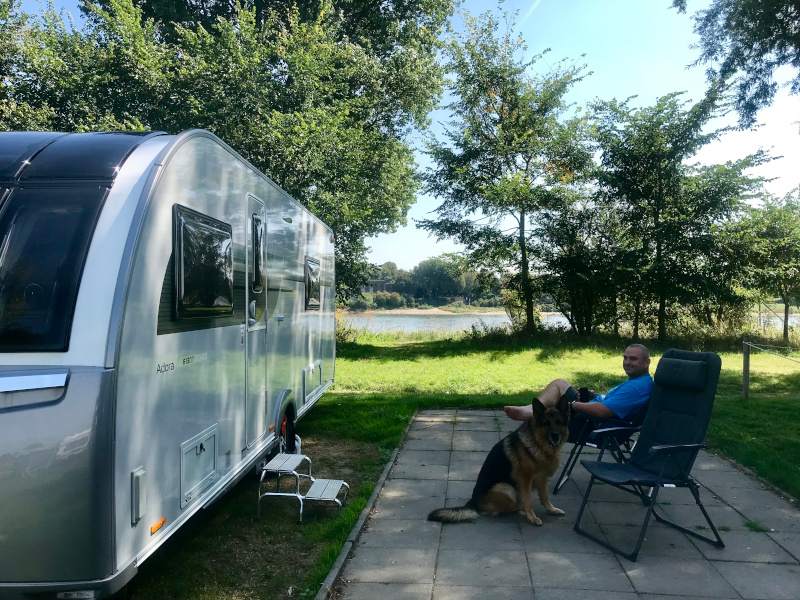 Motorhome Vs Caravan: Which is best?