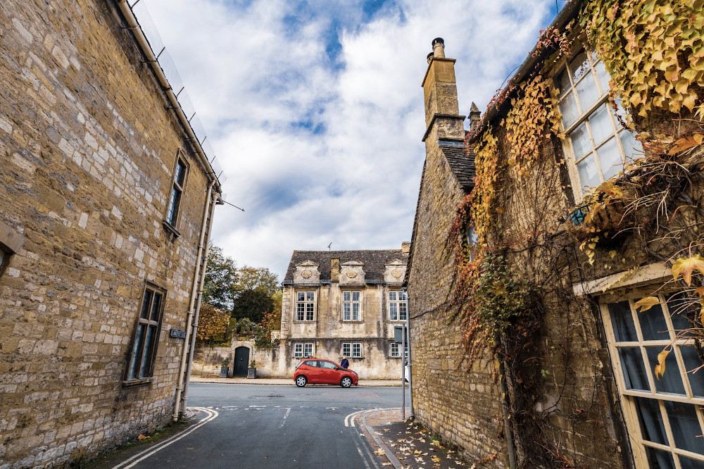 Here We Tow - Top Destinations In The UK for Summer Visits